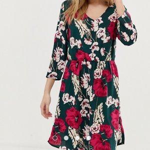 🌼NWT 🌻JDY floral print dress